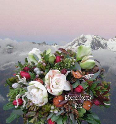 Winterbloemstuk Wouw bestellen Aerdenhout