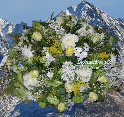 Begrafenis bloemstuk Ik vergeet jou niet