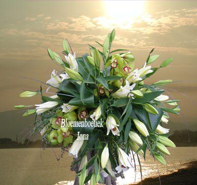 autobloemstuk met orchideeën bestellen Aerdenhout