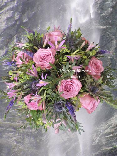 Gefeliciteerd! Geslaagd bloemstuk