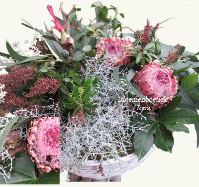 Bloemen kerstpakket bestellen bij Bloemenboetiek Iona