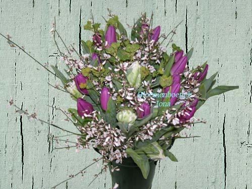 Tulpen boeket laten bezorgen door Bloemenboetiek Iona
