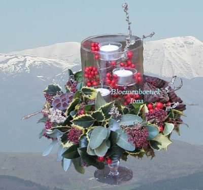 Kerststuk met kaarsenglas bestellen Spaarndam
