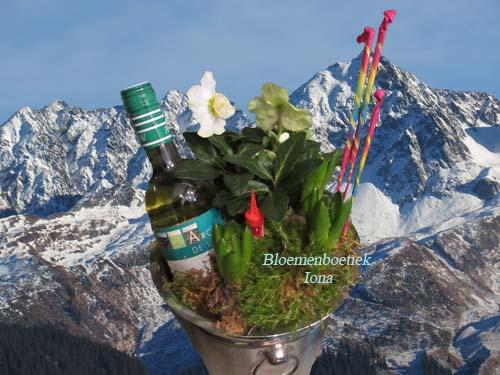 Proost op het nieuw jaar/bloemenboetiek Iona